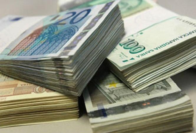 Българите теглят все по-големи потребителски кредити